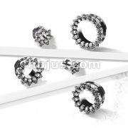 Circle of Skulls 316L Surgical Steel Screw Fit Flesh Tunnel